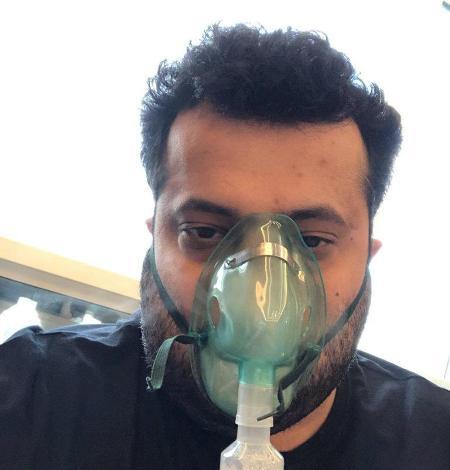 صور تركي آل الشيخ في المستشفى يطلب من المتابعين الدعاء له بالشفاء