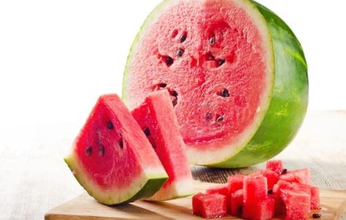 طرق اختيار البطيخ الاحمر الحلو , انتقاء البطيخ الأحمر الحلو