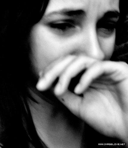 صور شباب حزينة للفيس بوك , خلفيات شباب حزن , تصميم شباب حزينة ورومانسية