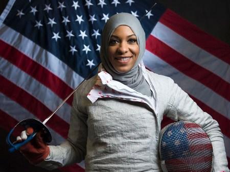السيرة الذاتية ابتهاج محمد ويكيبيديا , صور الامريكية المسلمة ابتهاج محمد