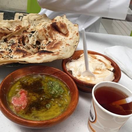 صور فطور يمني شعبي , صور فطور يمني , سفرت اكل يمنية