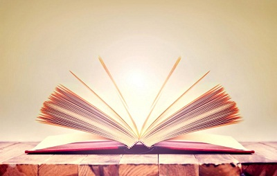 كتاب مفتوح كرتون