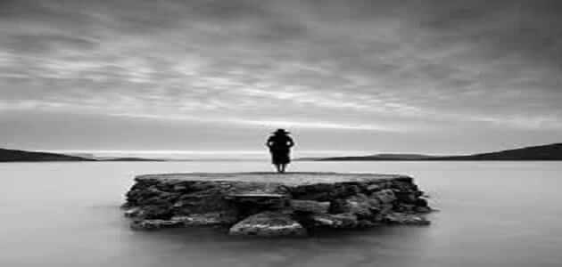 كلام عن البعد عن الناس , جملات عن الوحده , كلمات حزينه عن الوحده