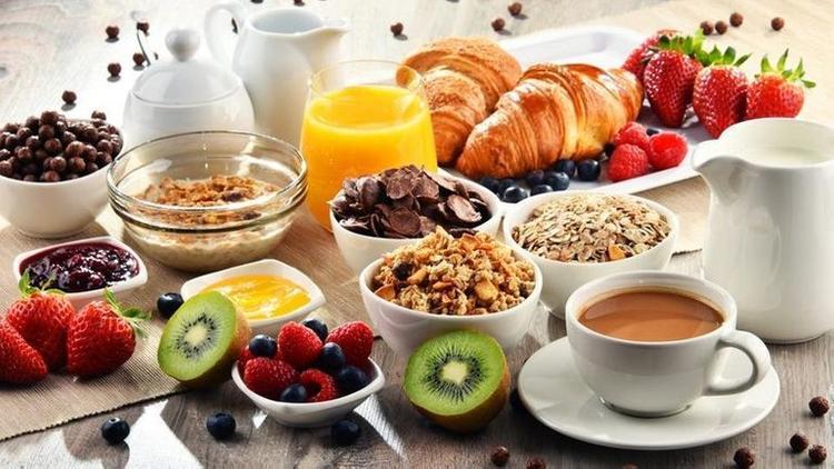 تعرف على مخاطر عدم تناول الفطور قد تصل إلى الموت