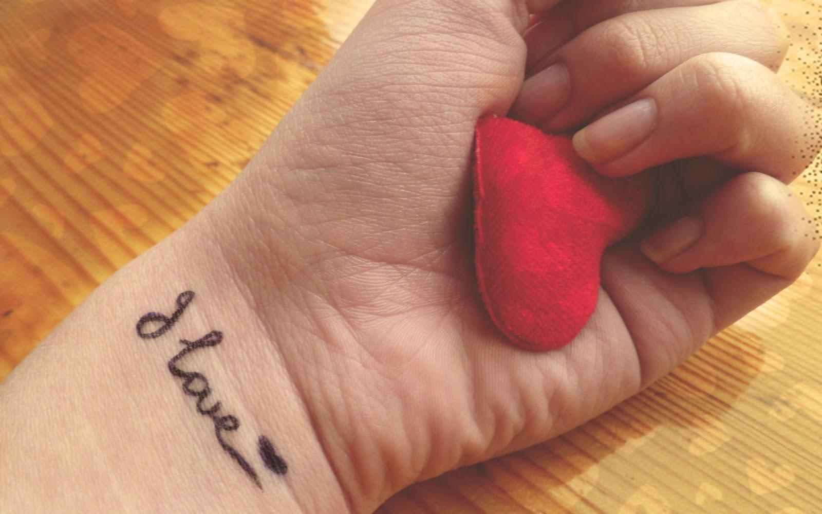 حالات واتس عن الحب أكثر من 100 حالة جميلة وراقية