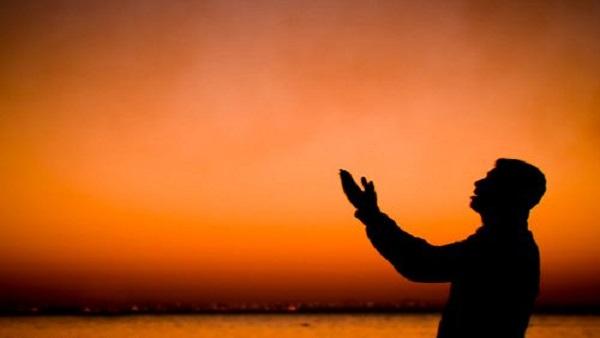 دعاء قضاء الدين وتيسير الحاجات والكربات , كلمات ينبغي على المدين أن يقولها