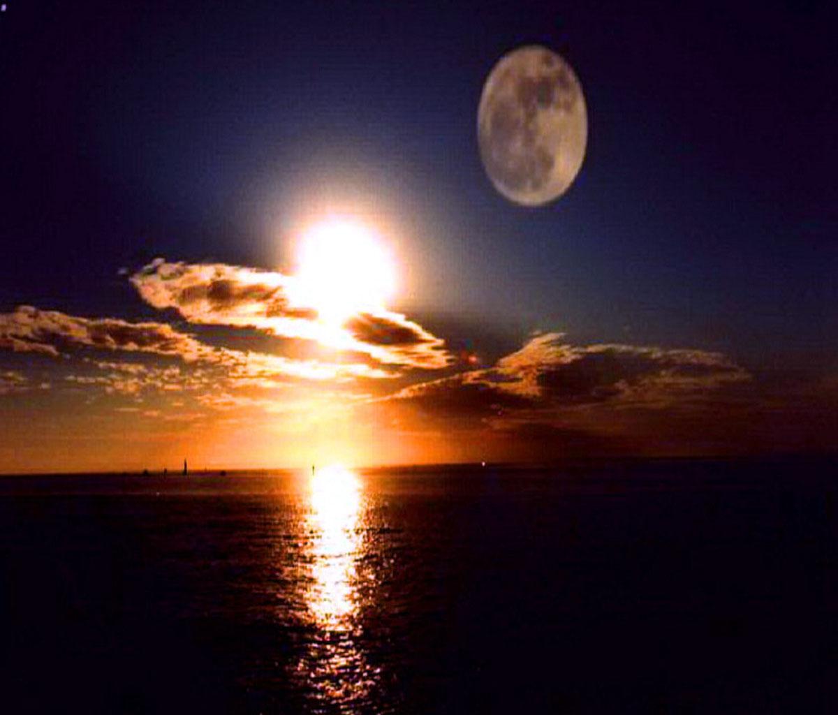 القمر في المنام , تفسير رؤية القمر في الحلم , رؤية القمر والبدر في المنام