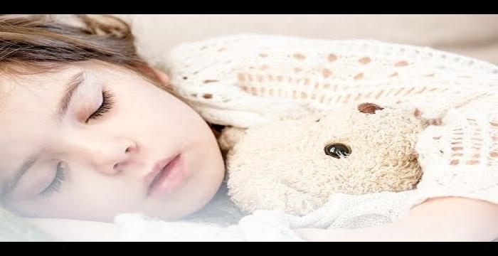 تفسير رؤية موت الطفل والبكاء عليه , حلم موت طفل والبكاء عليه في المنام