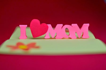 صور مكتوب عليها كلام عن الام