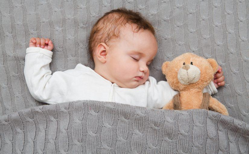 تفسير حلم طفل رضيع ذكر للمتزوجة والحامل والعزباء