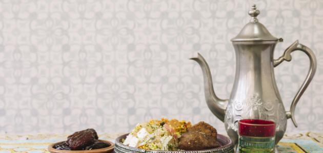 دعاء قبل تناول الطعام , أدعية الانتهاء من الطعام والآداب النبوية في ذلك