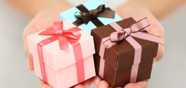 الهدية في الحلم , تفسير حلم الهدية في المنام