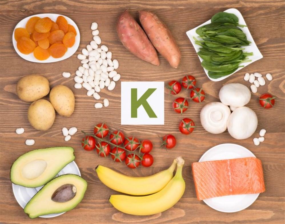 أسباب نقص فيتامين ك , مصادر فيتامين ك , أضرار فيتامين ك