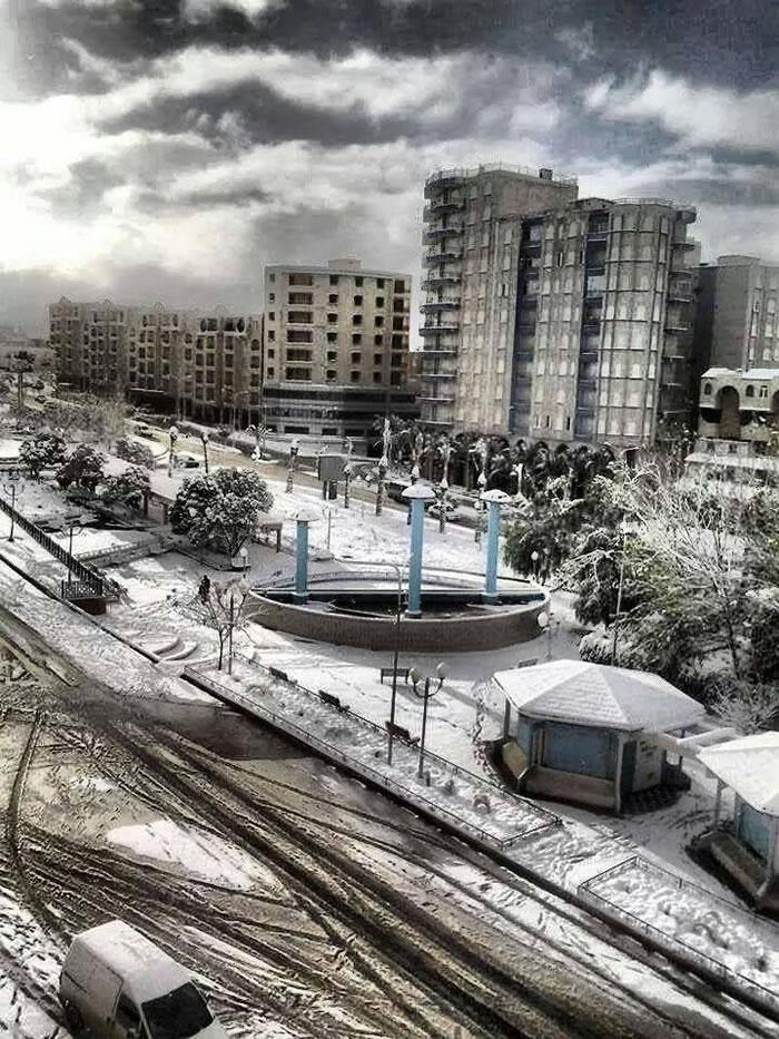 صور الثلوج في مدن الجزائر بالصور , صور شتاء جميلة جدا البرنوس الأبيض