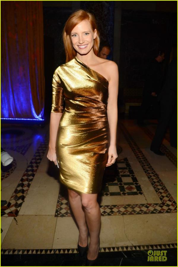 احدث صور النجمة جيسيكا شاستين 2013 Fashion Institute of Technology Gala في نيويورك