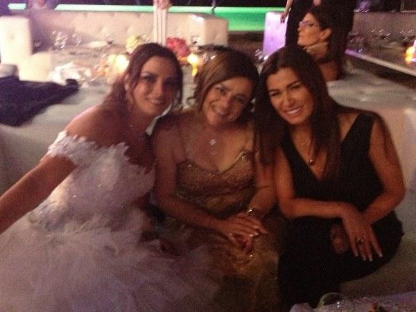 صور حفل زفاف الكاتبة نادين جابر وانطوان خوري 2013
