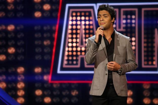 صور احمد جمال باداء اغنية على نار Arab Idol 2الحلقة 27