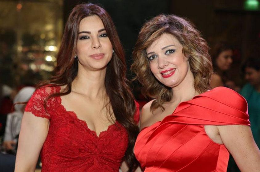 صور تكريم الفنانة فريال يوسف مهرجان ايجبيت هيتس 2013 بفستان احمر شفاف مثير