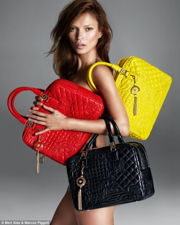 احدث صور عارضة الأزياء البريطانية كايت موس في حملة إعلانية لمجموعة فيرساتشي 2013