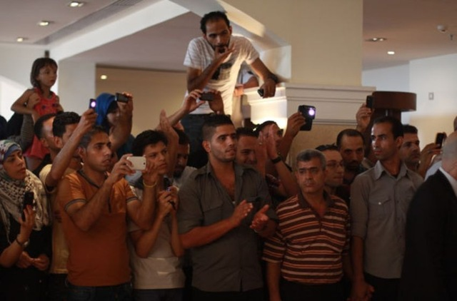 احدث صور لنجم Arab Idol 2 محمد عساف من المؤتمر في غزه 2013