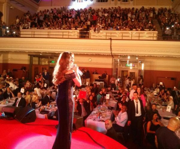 احدث صور النجمة نانسي عجرم من حفلتها التي احيتها في العاصمة البريطانية لندن 2013