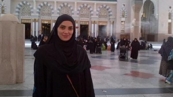 حورية فرغلى داخل الحرم المكي لاداء مناسك الحج 2013