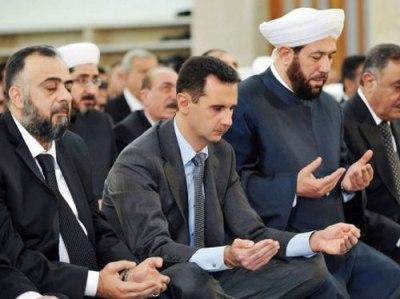 يوتيوب بشار الاسد يؤدي صلاة عيد الاضحي اليوم الثلاثاء 15-10-2013