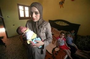 فلسطينة تنجب 11 طفل وهيا عمرها 21 عام