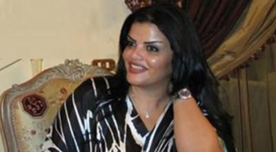 صور و معلومات عن الحارسة الشخصية لمعمر القذافي تروي قصص خيالية القذافي لم يقتل