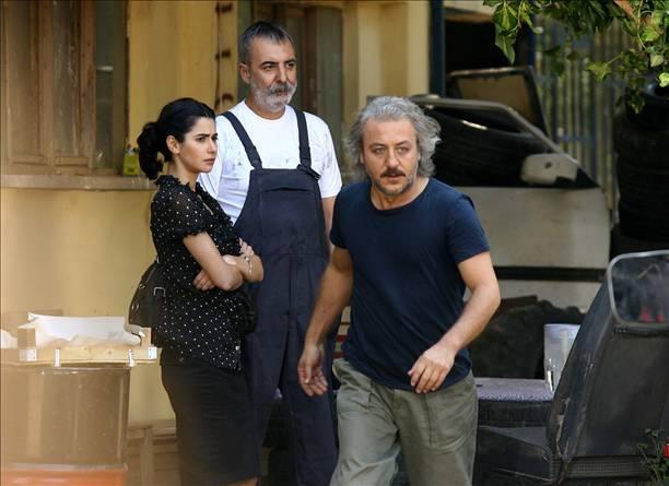 صور مسلسل الوشاح الاحمر 2014 , صور المسلسل التركي الوشاح الاحمر 2014
