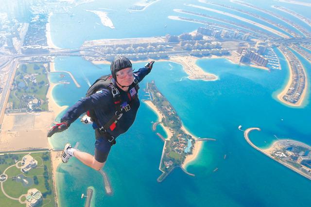 ndre Jack Garnoran, the first jump parachute Oct. 22, 2013