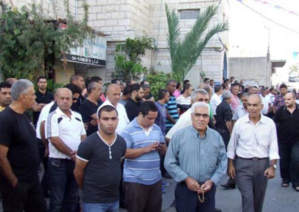 صور تشييع جثمان الفنان الفلسطيني شفيق قبها 2013 , صور جنازة الفنان شفيق قبها 2013