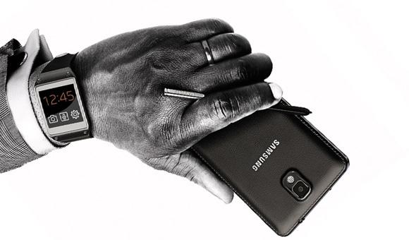 ������� Galaxy S4 ����� ������ ������ Galaxy Gear ����� ����� ��� ������ 2013