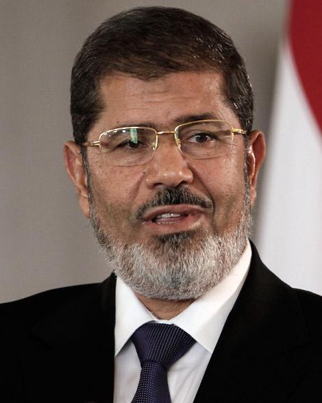 أسماء فريق الدفاع عن محمد مرسى 4/11/2013
