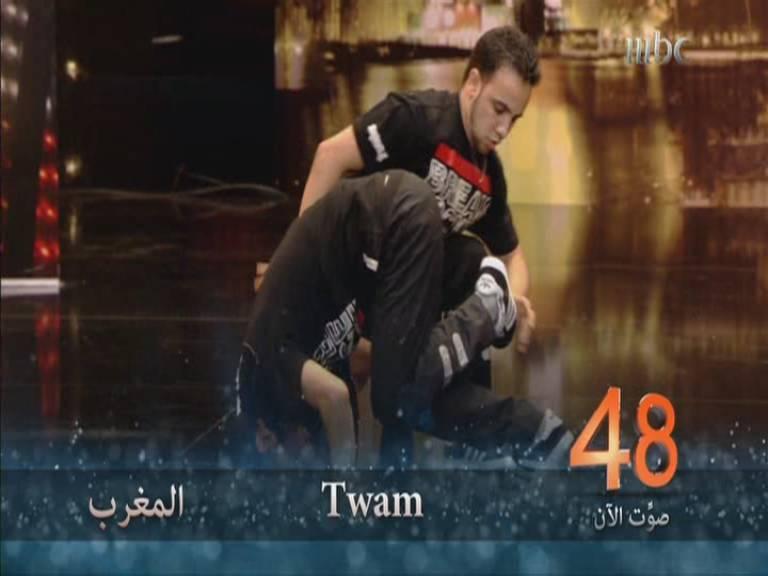 يوتيوب أداء فرقة توأم - Twam - المغرب - أرب قوت تالنت - Arabs Got Talent العروض المباشرة 9-11-2013