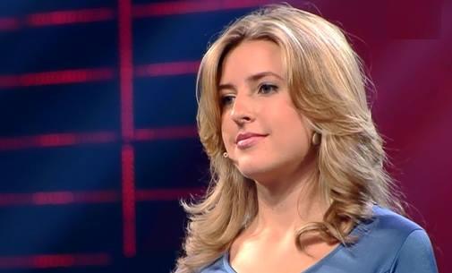 أسماء المتأهلين في حلقة برنامج أرب قوت تالنت الثالثة عروض المباشرة السبت 9-11-2013