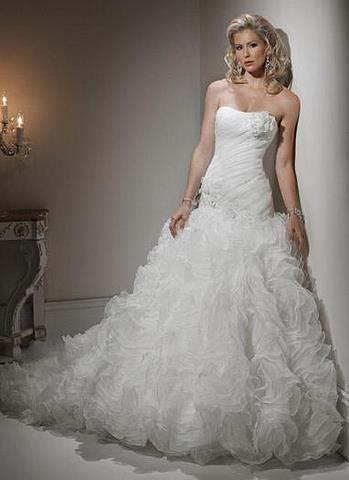 صور فساتين زفاف كشكش 2014 , صور موديلات فساتين افراح مع كشكش 2014