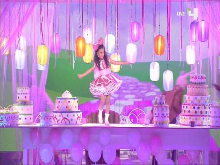 يوتيوب اغنية شيكا بيكا - نور عثمان - أرب قوت تالنت - Arabs Got Talent السبت 16-11-2013