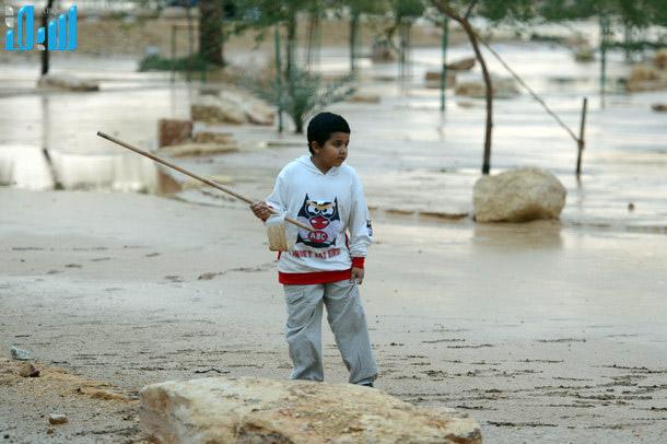 صور الامطار في وادي حنيفة بالرياض اليوم الاحد 17-11-2013