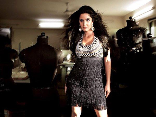 فساتين كاترينا كيف, أزياء الممثلة الهندية كاترينا كيف 2016