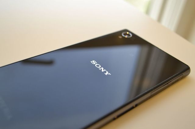 ��� ���� ���� ������� �� ��� 2014 , ������� � ������ ������ Sony Xperia Z1