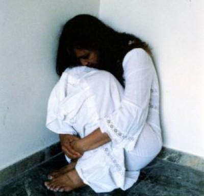 فلسطيني وابنه يتناوبان على اغتصاب فتاة سعودية , قصص اغتصاب في السعودية