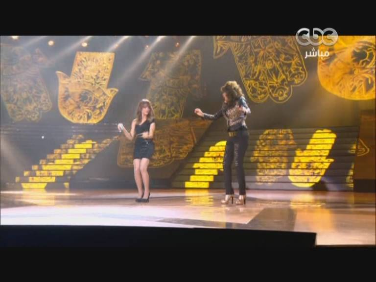 يوتيوب اغنية ده عينه منى - أمينة و زينب اسامة - ستار اكاديمي 9- Star Academy الخميس 28-11-2013