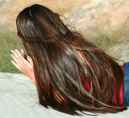 وصفات طبيعية لحل جميع مشاكل الشعر 2016 , خلطات طبيعية لتطويل و تنعيم وفرد الشعر 2017