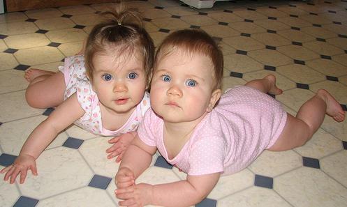 صور اطفال توأم كيوت , صور اطفال توينز كيوت , Twins