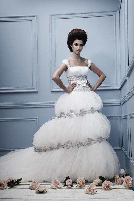 صور فساتين زفاف مدرج 2014 , فساتين افراح طبقات 2014 - فساتين زفاف مقسمة 2014