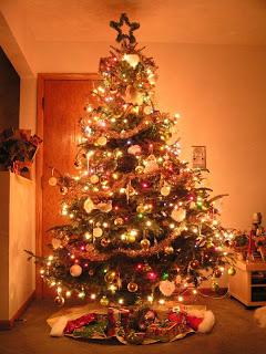 صور شجرة الكريسماس 2014 , خلفيات شجرة الكريسماس , عيد الميلاد المجيد 2014 , راس السنه 2014