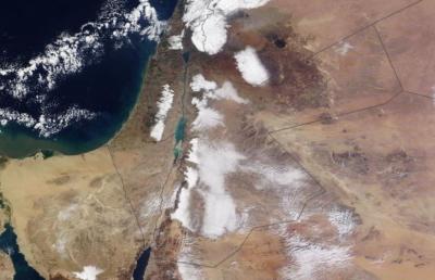 تساقط الثلوج في الاردن اليوم الاثنين 23-12-2013 , عاصفة ثلجية الاثنين 23/12/2013