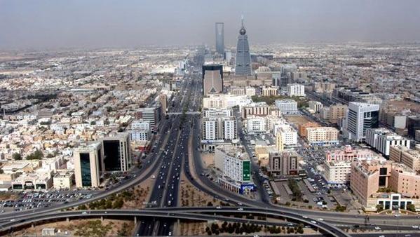 ميزانية 2014 في السعودية 855 ملياراً إيرادات متوقّعة وتخصيص 318 ملياراً للتعليم والصحة