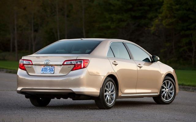 ����� � ������� ������ ������ ����� 2014 Toyota Camry , ��� ����� ������ ����� ������� �����